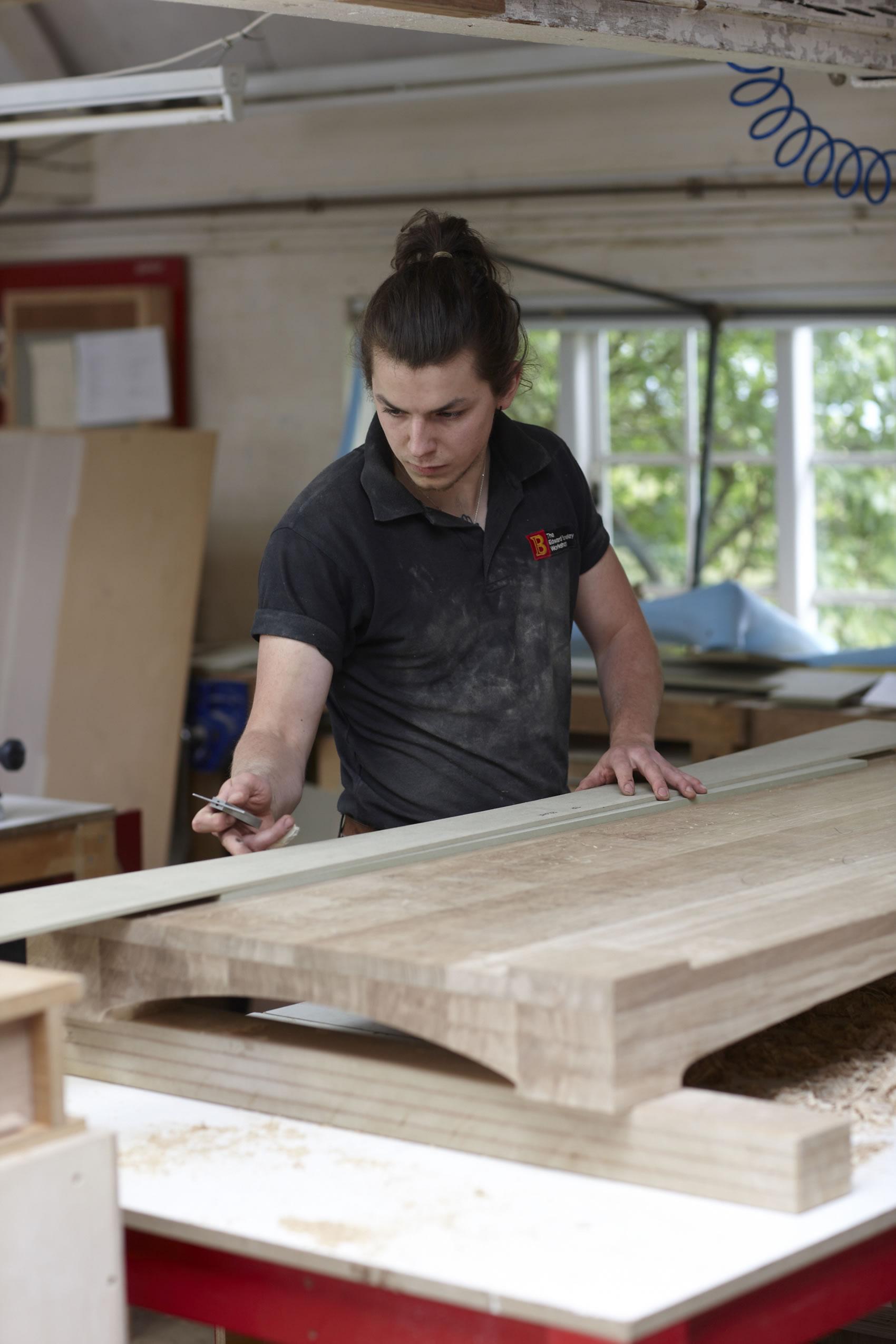 Furniture making apprenticeship with edward barnsley workshop for Furniture making courses